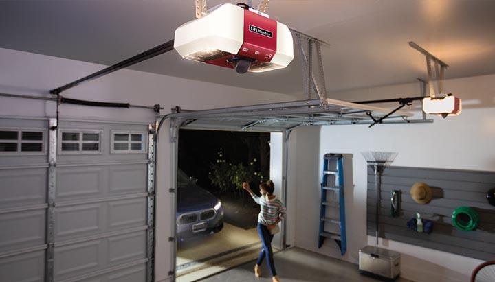 85503 Dc Battery Backup Belt Drive Wi Fi Garage Door Opener With Camera Liftmaster